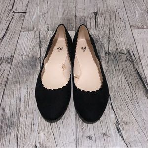 H&M Scalloped Flats
